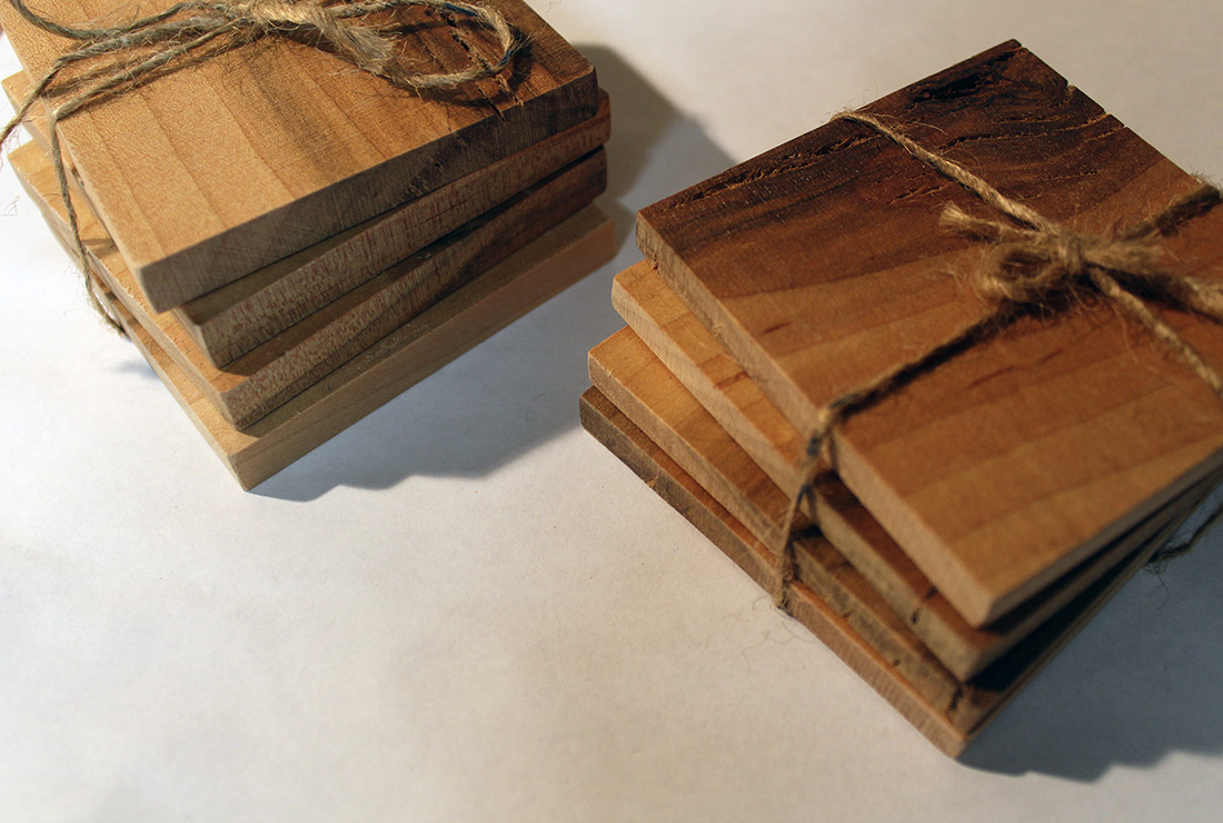 Reclimed oak wood coaster set